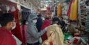 ঝিনাইদহে স্বাস্থ্য বিধির তোয়াক্কা নেই, দোকানে-দোকানে উপচে পড়া ভীড়