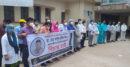 ডা: আব্দুর রকিব খান হত্যার প্রতিবাদে ঝিনাইদহে মানববন্ধন